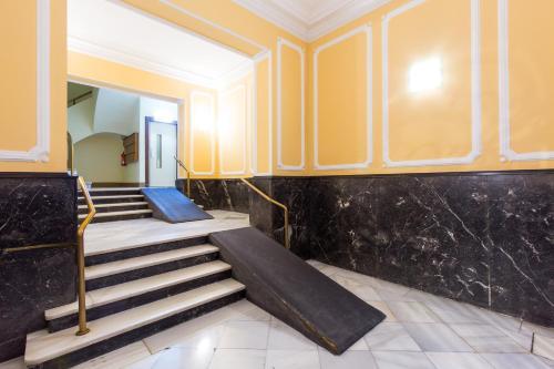 VINTAGE - Plaza Universidad (5Bedrooms/2Bathrooms) photo 19