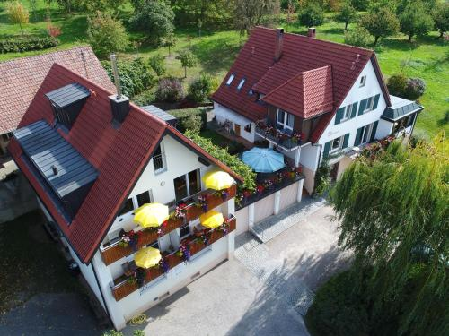 Accommodation in Arber
