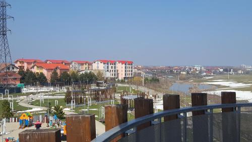 . Pipera Park Lake View Apartments