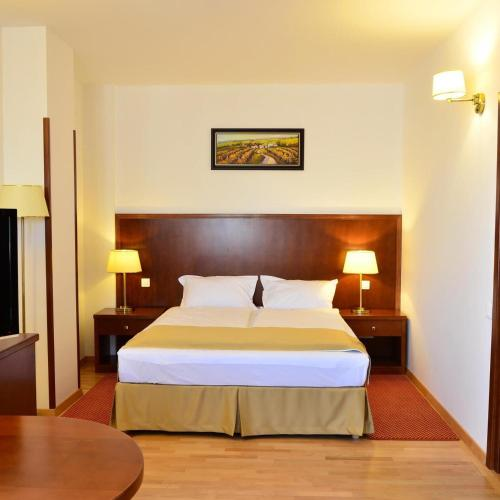. Hotel Miraj