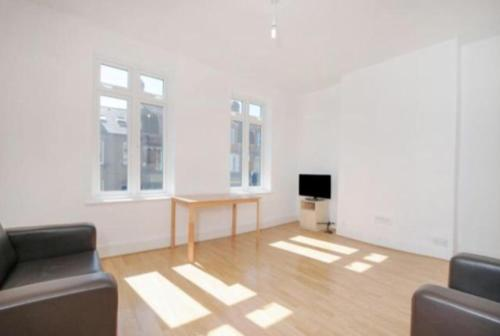 Friendly large 2 rooms in Wimbledon 房间的照片