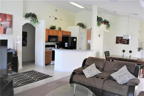 Elite Homes - Lake Berkley - image 6