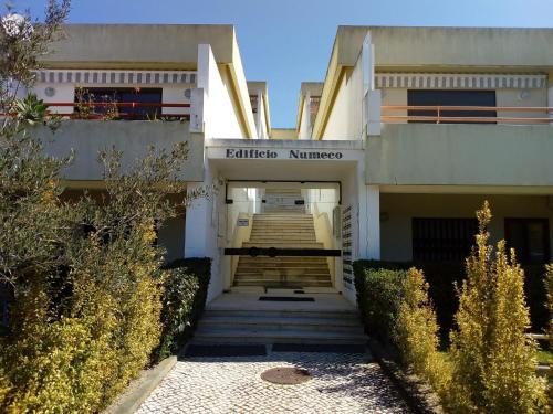 Magnifico Apartamento perto da Praia do Meco, Pension in Aldeia do Meco