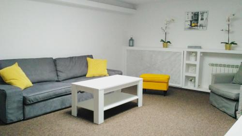 Apartment -  Konstytucji Square (6 Persons) (Apartment -  Konstytucji Square (6 People))