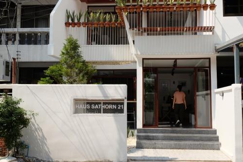 Haus Sathorn 21 photo 33