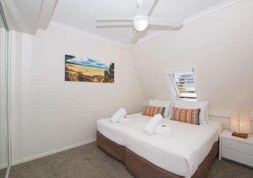Фото отеля Byron Bay Beachfront Apartments