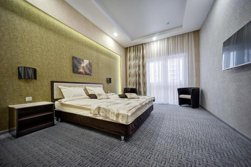 . Premier Hotel