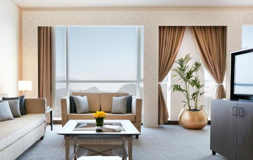 . Royal M Hotel Fujairah Mall