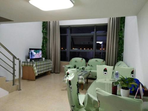. Xiamen Airport Fresh Warm Apartment