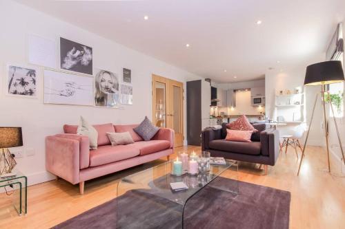 Oxford Castle - Luxury Apartment