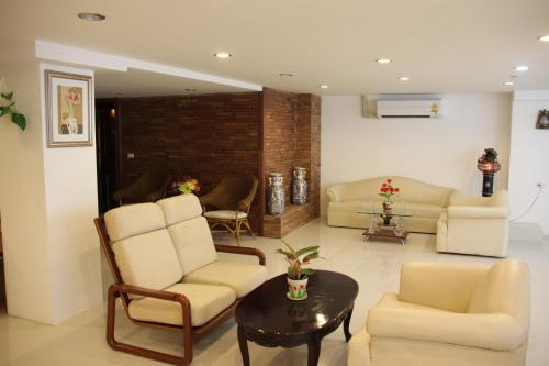 Suites 31 Sukhumvit photo 20