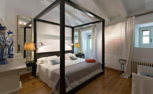 Suite Grand Hotel La Malcontenta 1