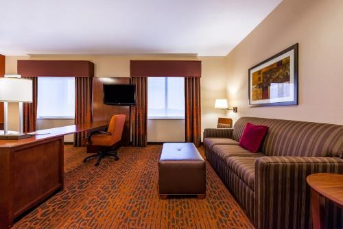 Hampton Inn & Suites Boulder North - Boulder, CO 80301