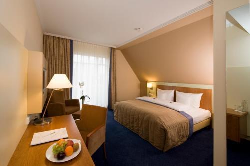 Lind Hotel room photos