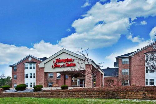 Hampton Inn & Suites Cleveland-Independence