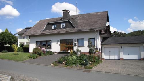 Ferienhaus Marienweg - Apartment - Hallenberg
