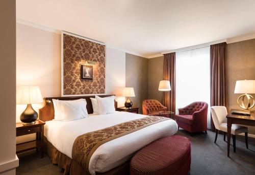 Hotel Dukes' Palace Brugge Улучшенный двухместный номер с 1 кроватью или 2 отдельными кроватями и видом на город