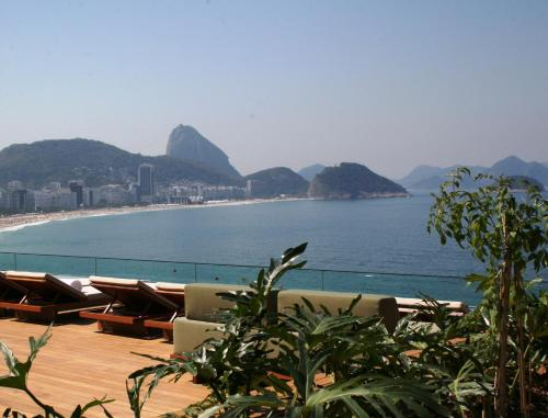 Av. Atlântica 3804, Copacabana, Rio de Janeiro, CEP 88330-024, Brazil.