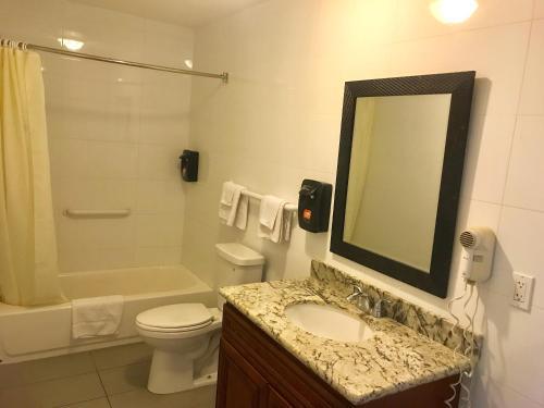 norwalk inn & suites