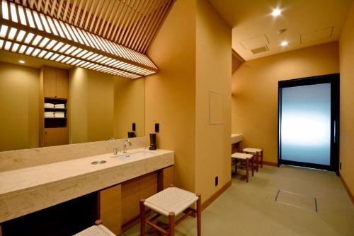 HOTEL FELICE Akasaka by RELIEF photo 24