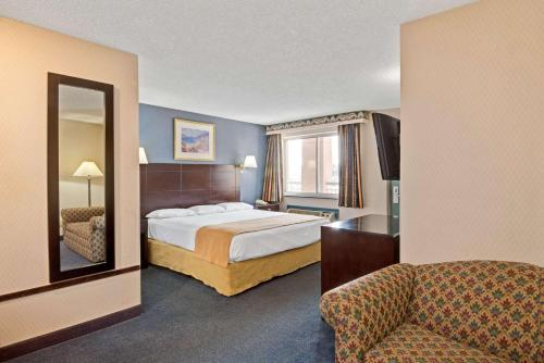 Super 8 By Wyndham Milford/New Haven - Milford, CT 06460
