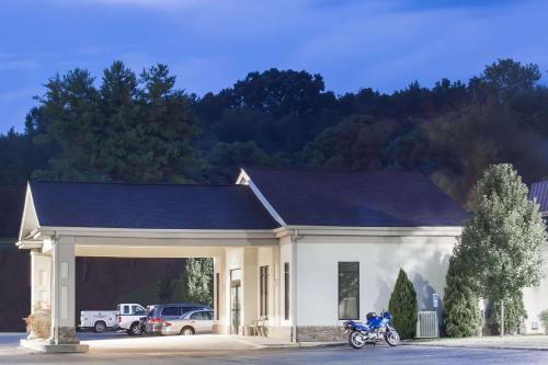 Super 8 by Wyndham Daleville/Roanoke - Hotel - Daleville