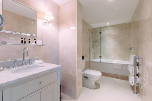 16 Royal Crescent, Bath, BA1 2LS, England.