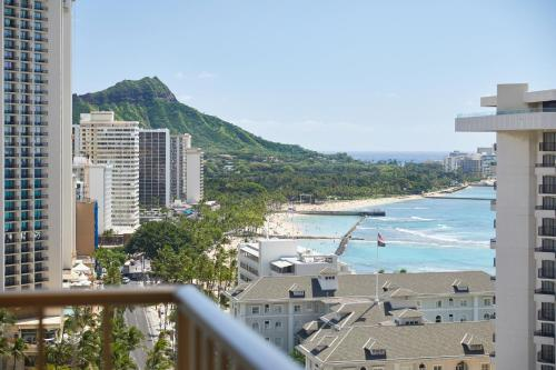 Waikiki Beachcomber By Outrigger In Honolulu From 203