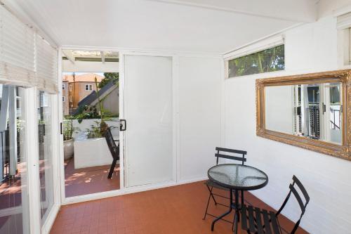 14 Queen St, Woollahra NSW 2025, Australia.
