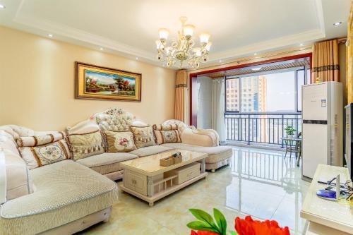 . 1204 Huxin xiaozhu Apartment