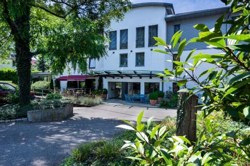 . Parkhotel Schillerhöhe
