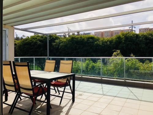 A Hotel Com Vivienda 3d Terraza Jardín Holiday Home Las