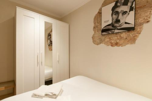 Charming Apartment in Barcelona Center photo 11