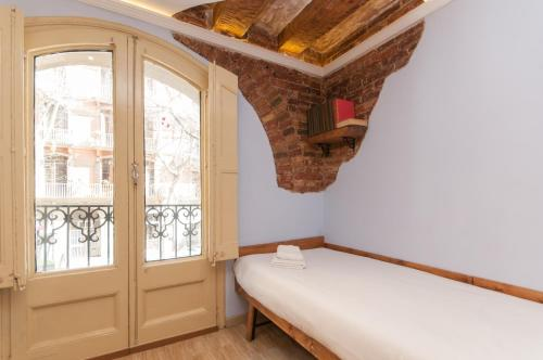 Charming Apartment in Barcelona Center photo 17
