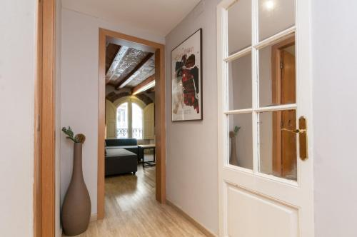 Charming Apartment in Barcelona Center photo 31