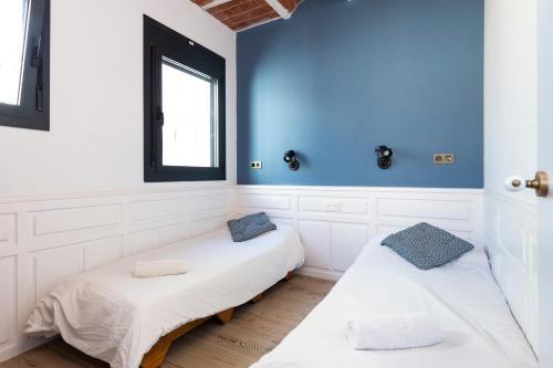 Bird House Apartments Barcelona 20