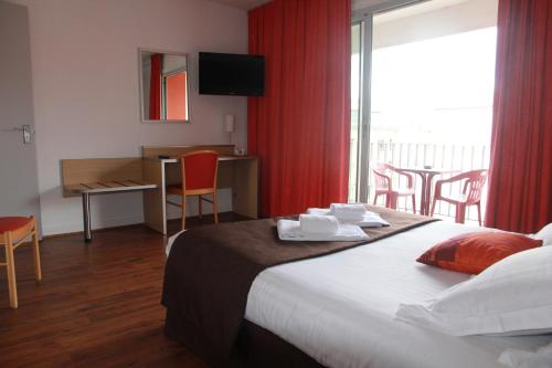 Hotel Chris'tel - Hôtel - Le Puy-en-Velay