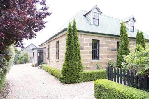 Elm Cottage Barn - Accommodation - Oatlands