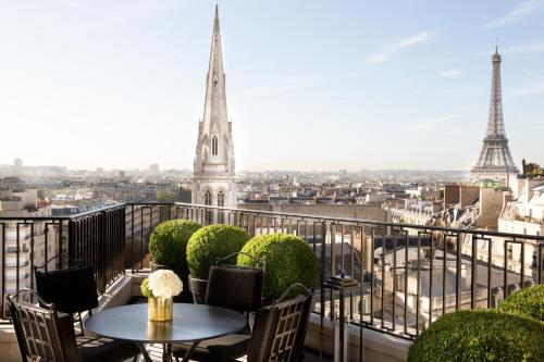 Four Seasons Hotel George V Paris impression
