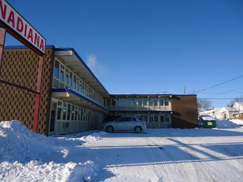 Фото отеля Canadiana Motel
