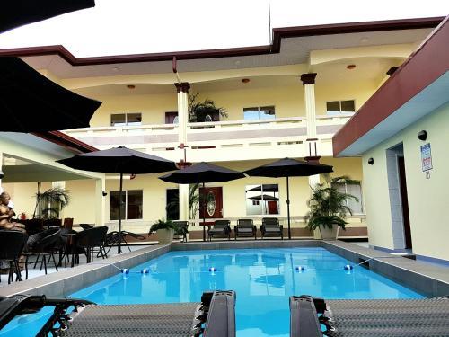 . Singh`s Palace Villa Appartementen Suriname