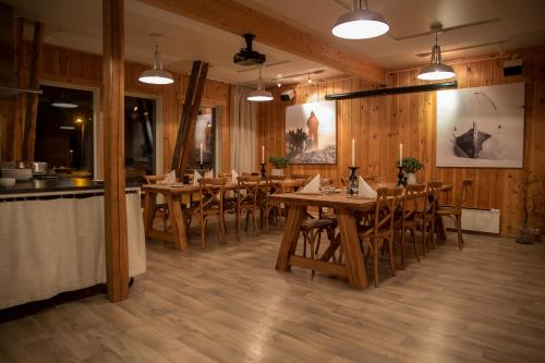 Restaurant dhaka in cabin private THE 10