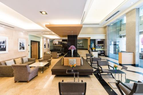 Evergreen Place Siam by UHG photo 41