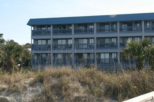 Bay Views - 1 Bedroom - Tybee Island, GA 31328