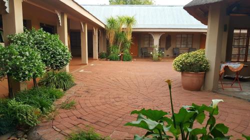 . Azalea Guesthouse
