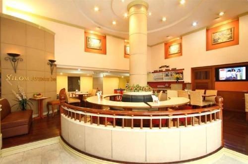 Silom Avenue Inn photo 28