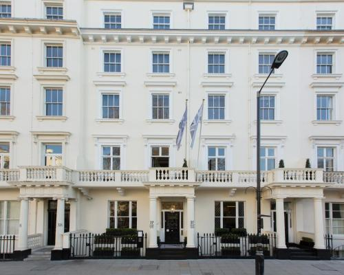 37 Eccleston Square, Pimlico, London SW1V 1PB, England.