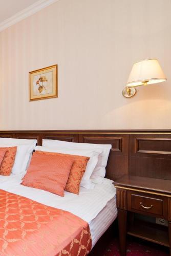 Отель Традиция Улучшенный двухместный номер с 1 кроватью или 2 отдельными кроватями
