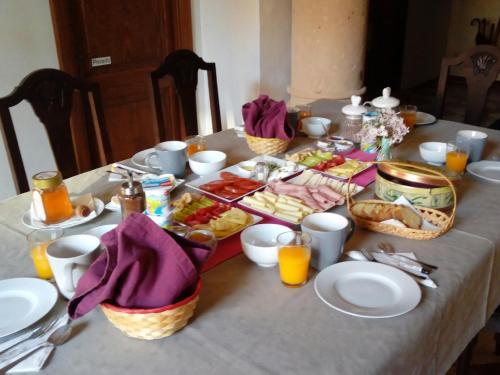 Casa Mona Bed & Breakfast стая снимки