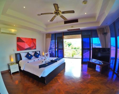 Happy Holidays Luxury Pool Villa, Pulau Phuket